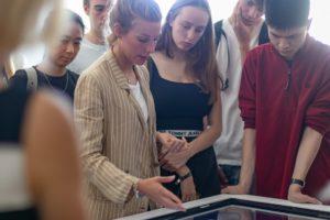 Marta Braida presenting UMCH's virtual 3D anatomy and dissection table