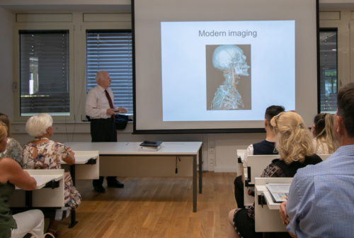 Presentation on the medical studies at UMCH in Hamburg