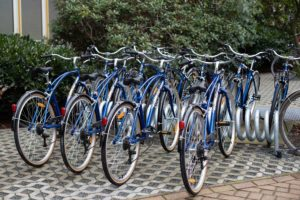Free UMCH / UMFST rental bikes on bicycle stand