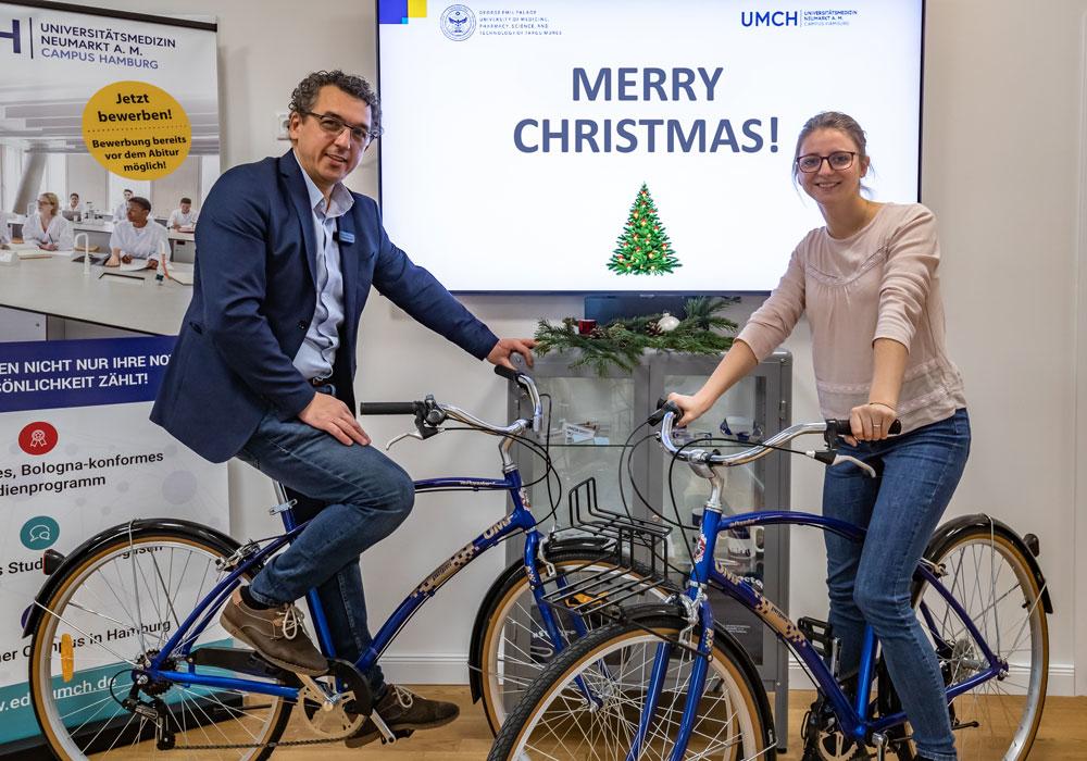 George Cucuiet and Iulia Maria Tudoran on bikes
