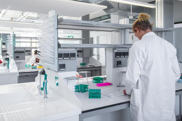 UMCH student in one ot the campus' laboratories