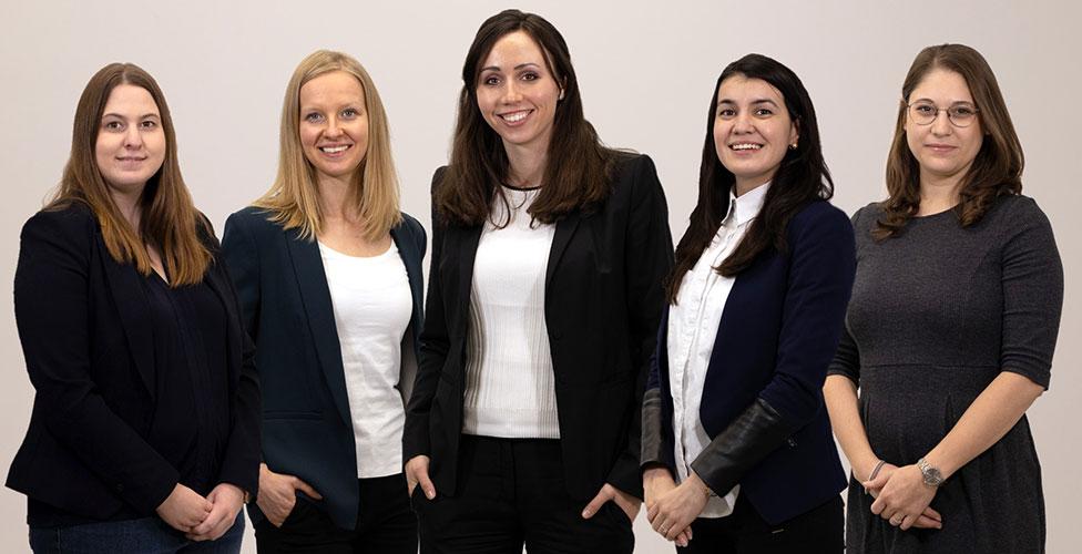 Mitarbeiterinnen des UMCH in Hamburg (Studienberatung & Dokumentenverwaltung)